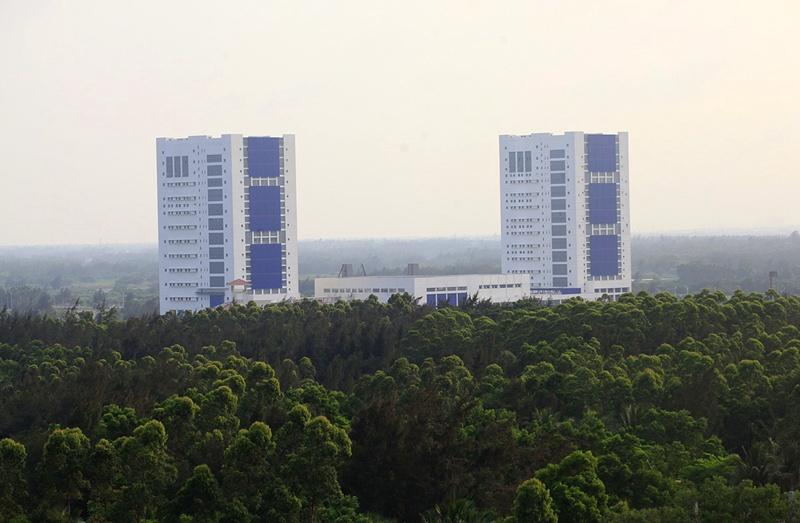 大小s领衔的七仙女_航天发射基地:设游客参观通道【2】--海南视窗--人民网