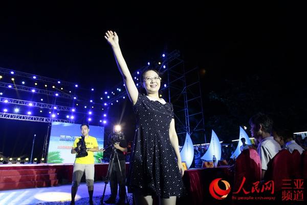 三亚市委常委、宣传部长孙苏莅临晚会现场
