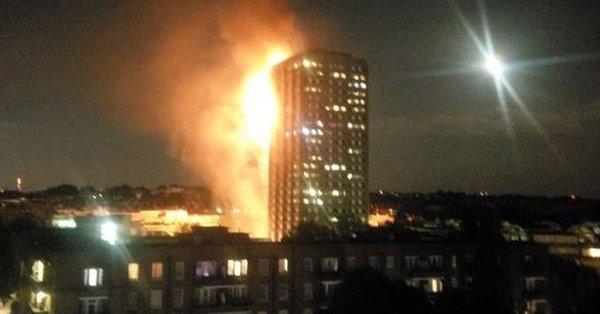 伦敦公寓大火已致12人遇难 数字预计仍将上升