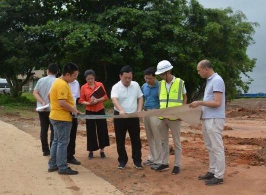 要高度重视项目沿线的美丽乡村规划及建设工作史上