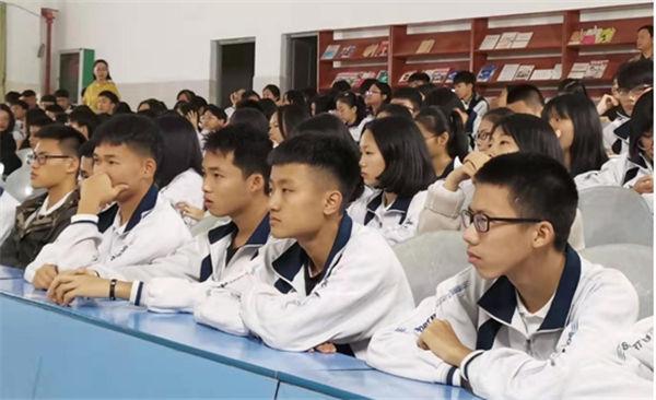 http://www.gyw007.com/caijingfenxi/411667.html