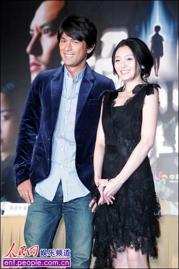 ...电影《诡丝》25日在台北举行记者会,女主角大S说,因为片中的...